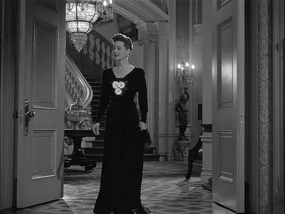 Bette-davis-now-voyager-black-evening-gown1