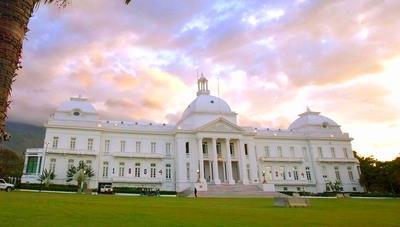 Haiti-Presitential-Palace3020834