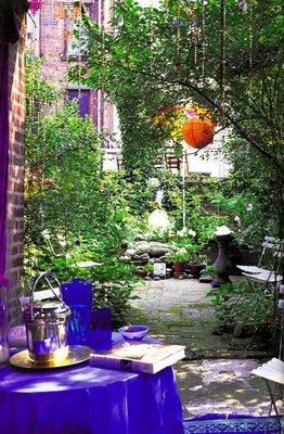 2009-06-17-gardenFullPage2