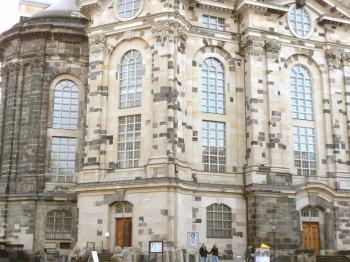 14-DresdenFrauenkircheAfterRebuild2005-t