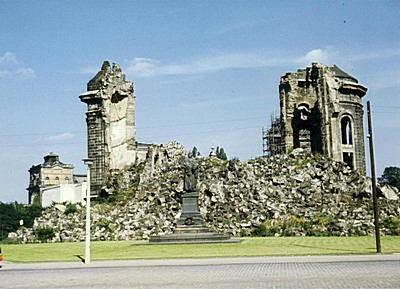 Frauenkirche-ruine-1967