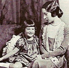 Gloria_Morgan-Vanderbilt_with_daughter