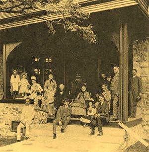 Devilstone-Vanderbilt-family-on-porch