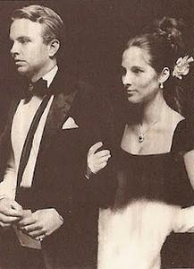 FASHION Amanda & Carter Burden on wedding day
