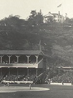 Polo_grounds_panorama-cropped_to_show_Morris-Jumel_Mansion