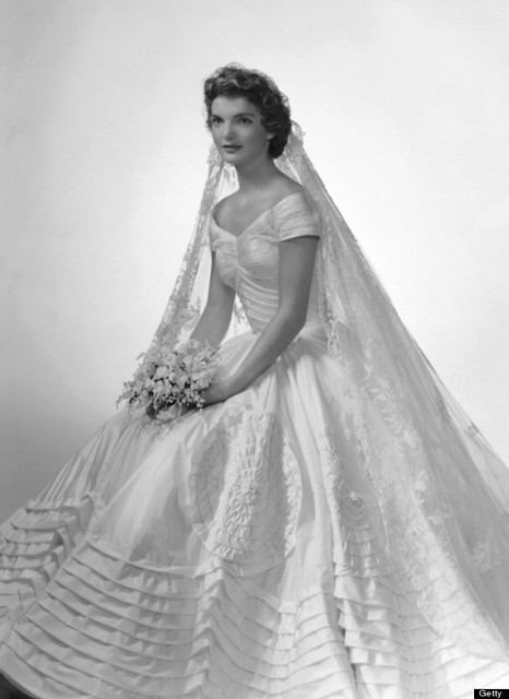 O-JACKIE-KENNEDY-WEDDING-DRESS-570