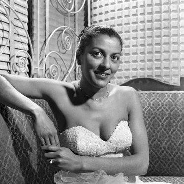 American-singer-marion-bruce-april-1953