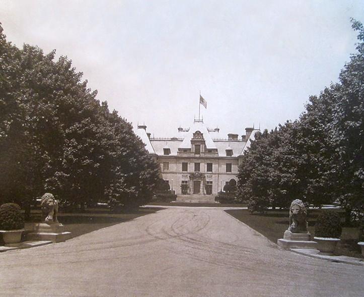 New picsNEWPORT 1955