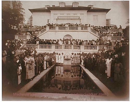 Villa-Lewaro_1924_crALeliaBundlesMadamWalkerFamilyArchives_mr