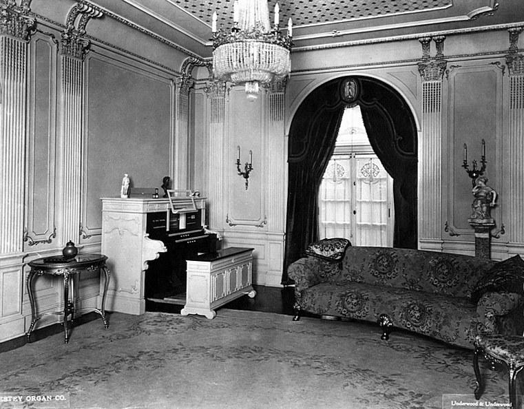 Irvington.Residence-Ma.1917EsteyOrgan.20140824.063112.jpgty.jpgfghj