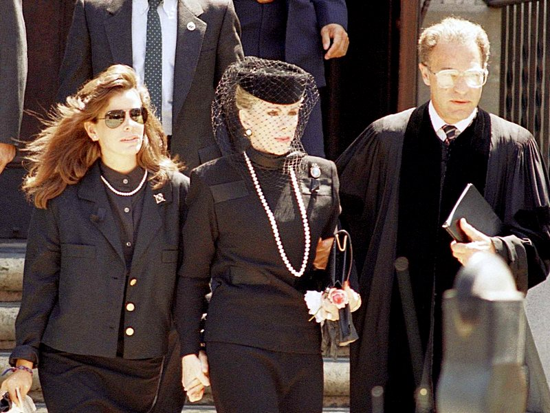 Joan-rivers-melissa-rivers-funeral-2